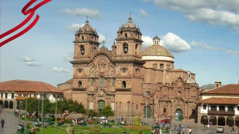 How are the National Holidays celebrated in the city of Cusco?